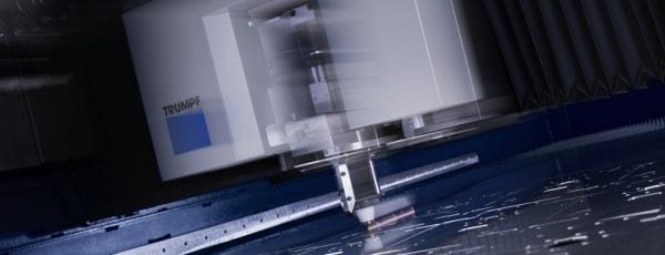 Precyzyjna obróbka laserowa metali.